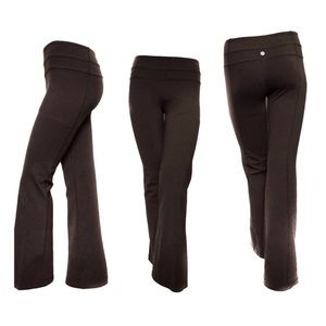 LULULEMON | GROOVE PANTS IN CHOCOLATE BROWN SIZE 4